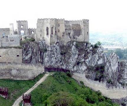 Palota a beckói várban